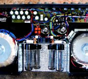 TUBE-100 tube bass head inside